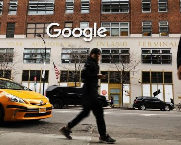 Google sued for tracking private use